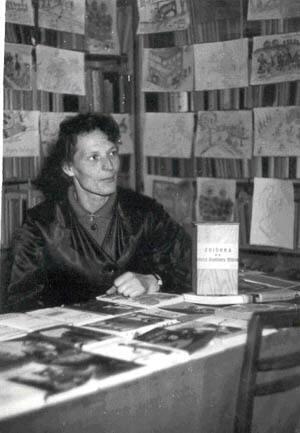 Kierownik Maria Zięba w nowym lokalu